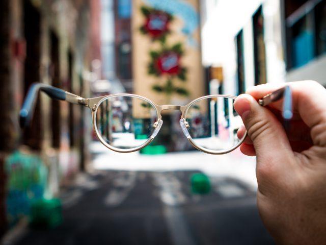 Fotografera människor med glasögon