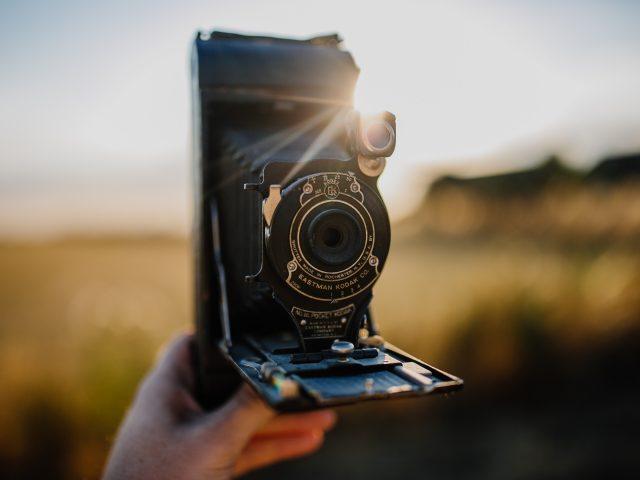 Vem uppfann kameran?